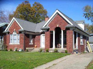 838 Ravenswood Dr , Evansville IN