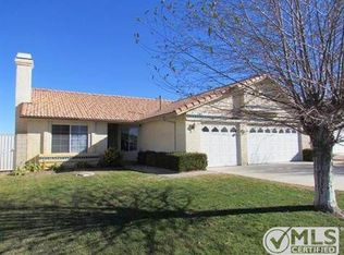 12815 Pacoima Rd , Victorville CA