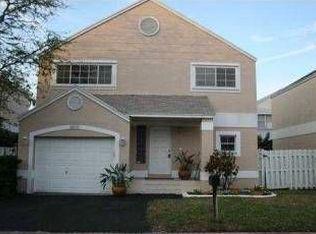 10131 NW 3rd St , Pembroke Pines FL