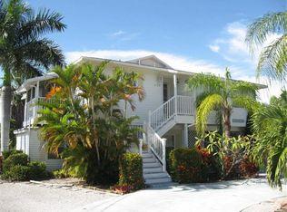 226 84th St , Holmes Beach FL