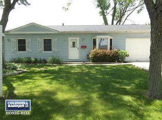 316 Ridge Cir , Streamwood IL