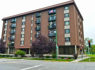 8359 W Addison St Apt 604, Chicago IL