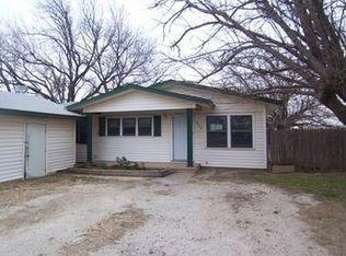 517 Scott St , Tye TX