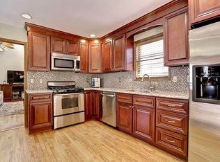 images of small kitchen islands traditional kitchen with kitchen island amp complex granite 7506