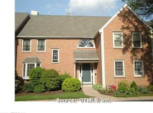 13 Orchard Brook Dr , Wethersfield CT