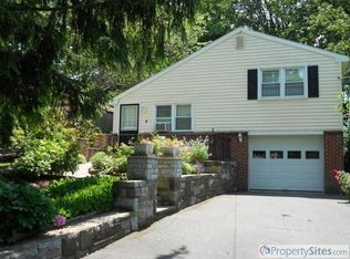 4 New St , Willow Grove PA