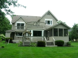 1405 Chickasaw Dr , London OH