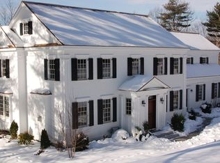 39 Temple Rd , Wellesley MA
