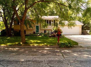 ... 763 Browning Ave, Jefferson, WI 53549