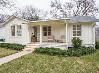 1910 W 40th St , Austin TX
