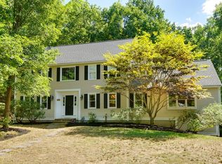 215 Farrington Ln , Marlborough MA