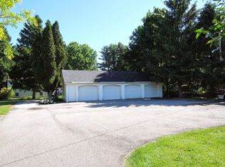 38351 Pleasant Valley Rd Apt 2 Willoughby Hills Oh 44094 Zillow