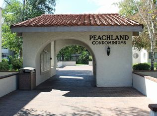 25035 Peachland Ave Unit 174, Newhall CA