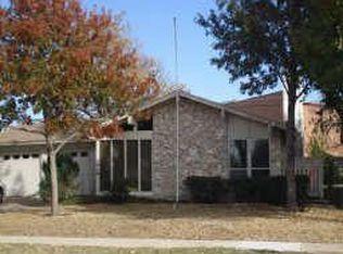 3448 Cardinal Ln , Irving TX
