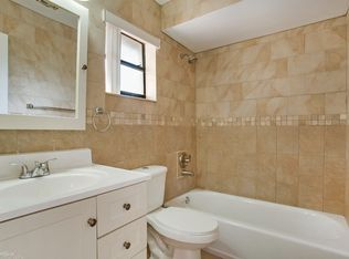 W Th Ln Hialeah FL Zillow - Bathroom remodeling hialeah