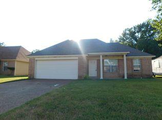 4193 Rainey Woods Dr , Memphis TN