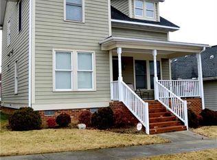 810 Green Oaks St , Greensboro NC