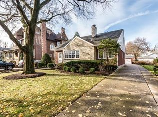 712 Lathrop Ave , River Forest IL