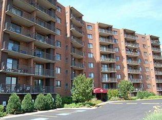 1 Bloomingdale Pl Apt 611, Bloomingdale IL