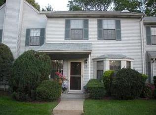 1402 Maplecrest Rd , Edison NJ