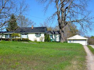8548 Burgess Rd , Charlevoix MI