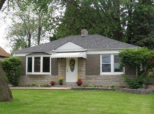 4032 N Washington St , Westmont IL