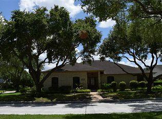 3338 Country Club Blvd , Stafford TX