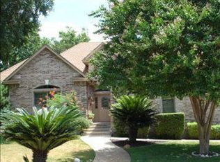 880 Mission Hills Dr , New Braunfels TX