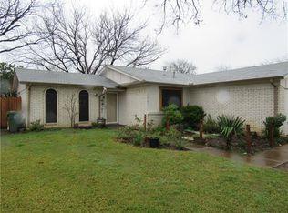 1207 Cloudcroft Dr , Arlington TX