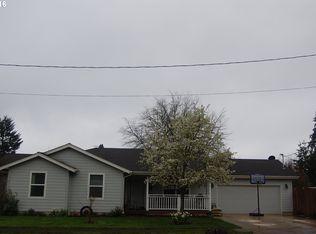 625 SW Ash St , Dallas OR