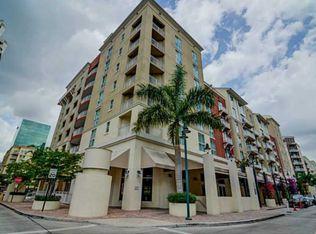 7285 SW 90th St # D414, Miami FL