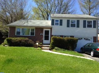 326 Parham Rd , Springfield PA
