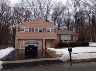48 Toby Dr , Succasunna NJ