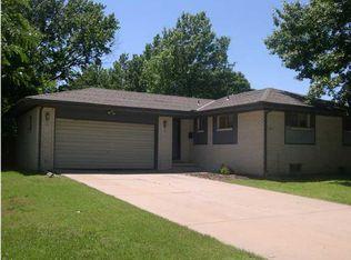 1105 S Royal Rd , Wichita KS