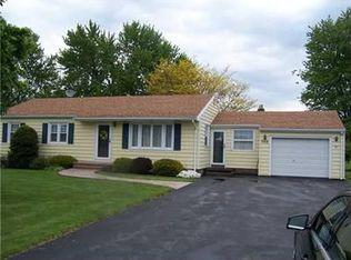 988 Elmgrove Rd , Rochester NY