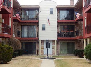 5309 N Delphia Ave Apt 210, Chicago IL