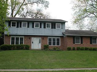 1306 Pinetree Ct , Sidney OH