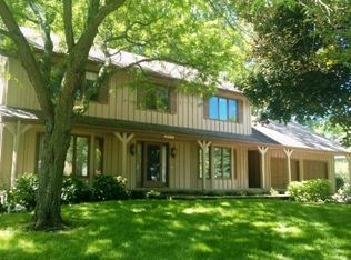 18825 4th Ave N , Plymouth MN