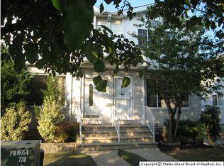 469 Winchester Ave , Staten Island NY