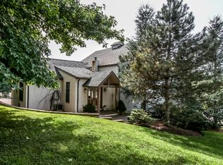 209 W Woodview Rd , West Grove PA