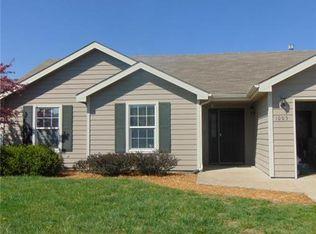 1005 Home Cir , Lawrence KS