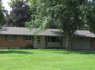 4211 Wood Acre Dr , Bellbrook OH