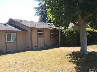 2086 Bluebell Dr , Santa Rosa CA