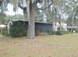 132 Winchester Ave , Interlachen FL
