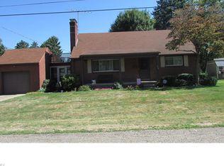 214 Cedar St N , East Canton OH