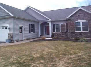 26 Peaceful Harbor Ln , Webster NY