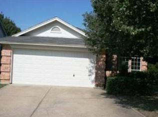 7404 Cross Ridge Cir , Fort Worth TX