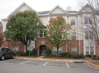 N Point Dr APT Reston VA Zillow - North point apartments reston