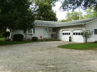 415 N Front St , Ramsey IL