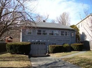 136 Downer Ave , Hingham MA